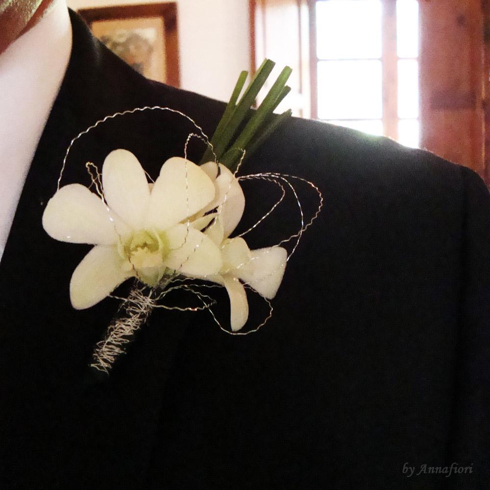 Arreglo Floral Boutonniere Para Novio Con Orquideas