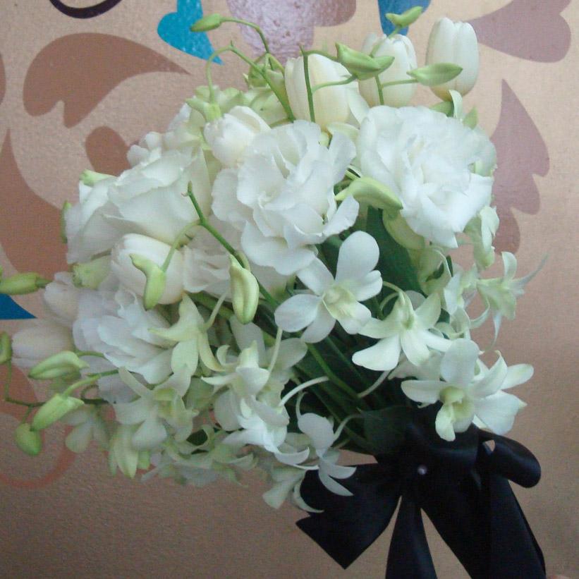 Arreglo floral ramo de novia con orqu deas dendrobium for Plantas decorativas artificiales df