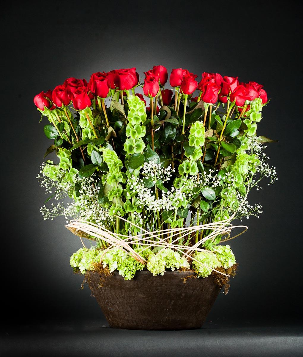Arreglos Florales Con Rosas Rojas Un Gran Abrazo