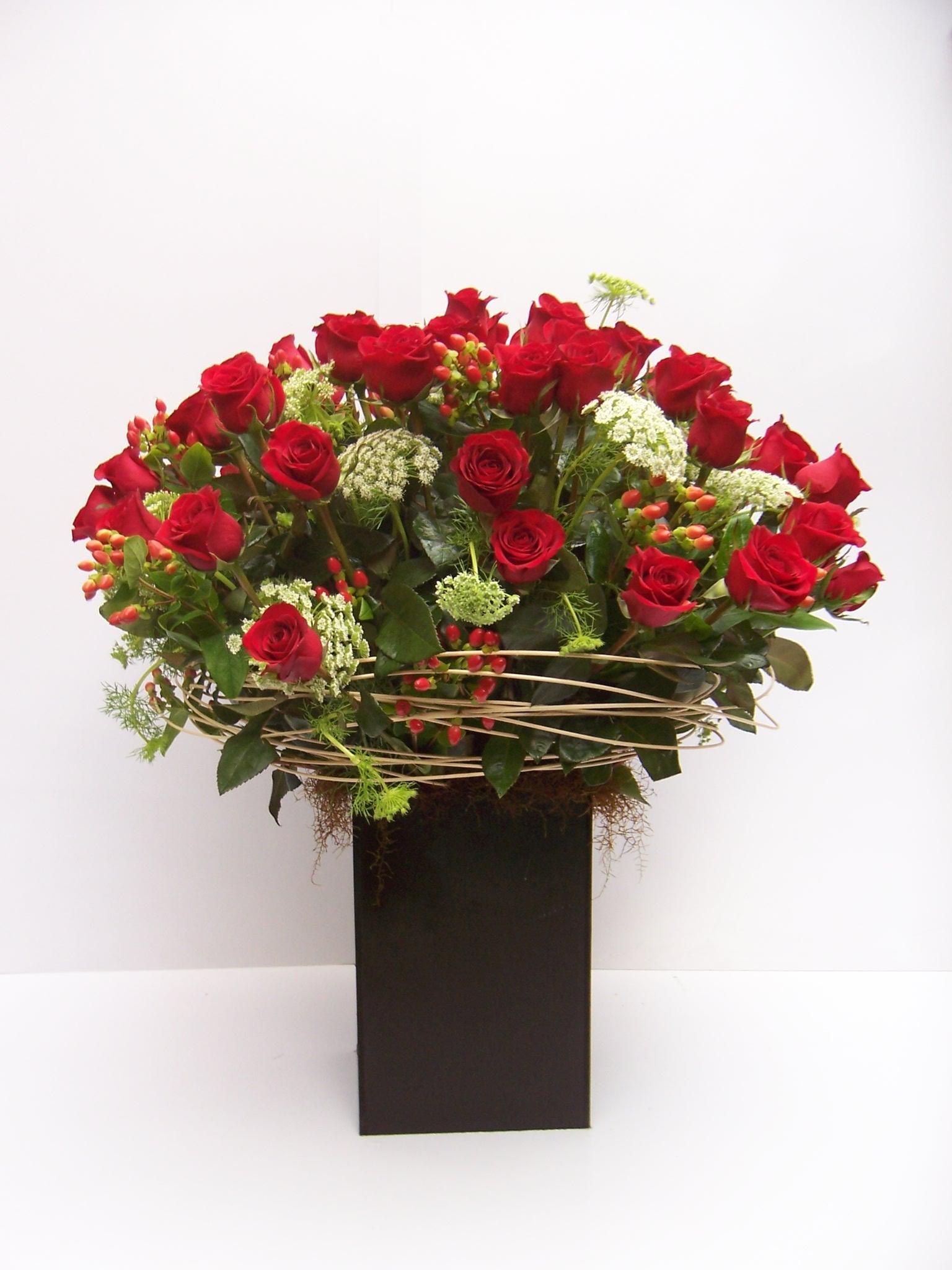 Arreglo Floral Rosas Rojas Para Enamorados